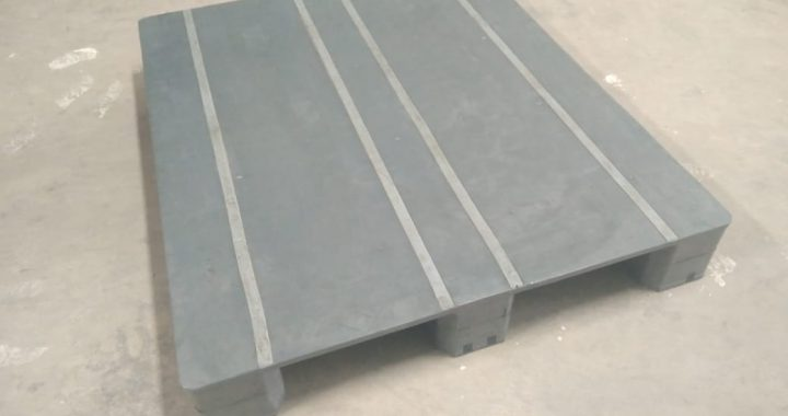 Pallet Plastik Uk. 120 x 100 x 15 cm / Type M / Flat