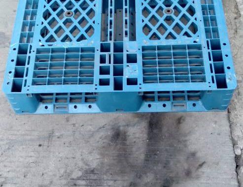 Pallet Plastik Uk.  110 x 100 x 14 cm / Jaring