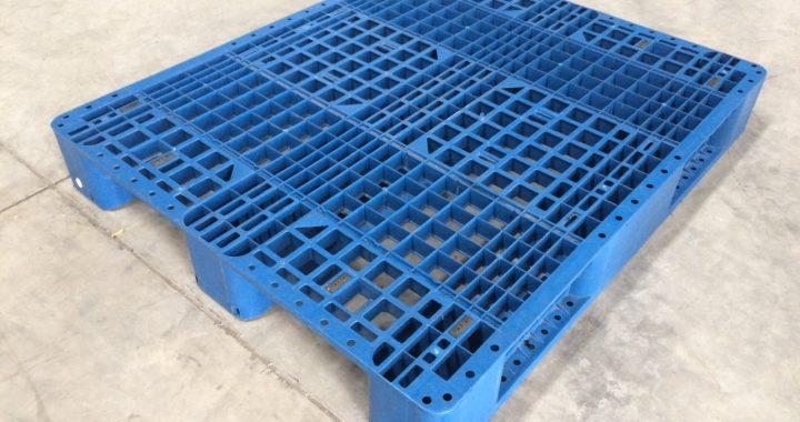 Pallet Plastik Uk. 120 x 100 x 14 cm / Type M / Jaring / WARNA